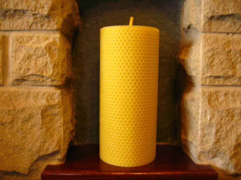 "Pure Beeswax Rolled Pillar Candle 8"" x 3.5 (Free Shipping UK)"
